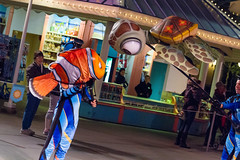 Pixar Play Parade (heytherejere) Tags: divers nemo squirt findingnemo disneycaliforniaadventure pixarplayparade