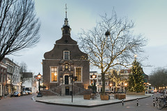 Schiedam, Grote Markt (Jan Sluijter) Tags: christmas holland tree square navidad nol markt natale stadhuis kerstmis kerstboom schiedam 2015 visitholland sdam