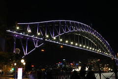 Sydney Harbour Bridge (lukedrich_photography) Tags: australia oz commonwealth أستراليا 澳大利亚 澳大利亞 ऑस्ट्रेलिया オーストラリア 호주 австралия newsouthwales nsw canon t6i canont6i history culture sydney سيدني 悉尼 सिडनी シドニー 시드니 сидней metro city vivid night light dark longexposure harbour bridge steel arch rail train vehicle bicycle pedestrian transport cbd centralbusinessdistrict view coathanger bradfiled road highway expressway overlook skyline viewpoint cityscape water architecture
