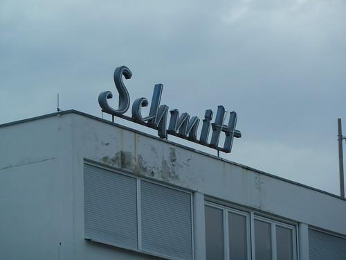 Leuchtschrift _Schmitt_