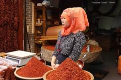 Cinese Mussulmana..... piccante! (francescociccotti1) Tags: cina mussulmana peperoni negozio foulard shop chili