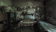 smells bad (Nils Grudzielski) Tags: lostplaces abandonedplaces marode decay verfallen verlasseneorte rotten ruin indoor urbanexploration urbex forgotten