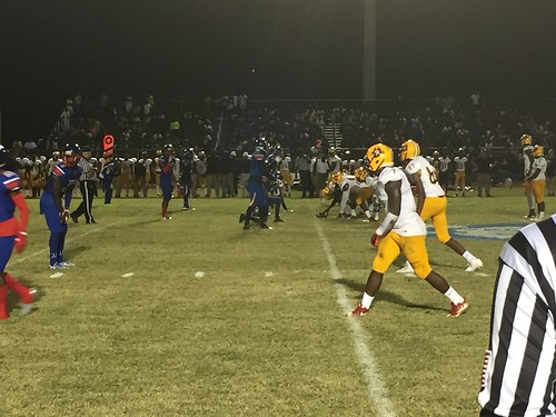"""Pahokee v Glades Central • <a style=""""font-size:0.8em;"""" href=""""http://www.flickr.com/photos/134567481@N04/30496879020/"""" target=""""_blank"""">View on Flickr</a>"""