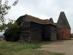 Undeveloped Oasts (paidetres) Tags: linton walk kent oasthouse oast undeveloped