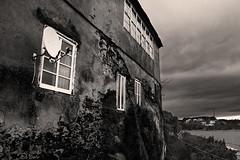 casa (Miguel Pintor) Tags: casa asturias asturies 600d canon galicia ribadeo river abandoned photo orange