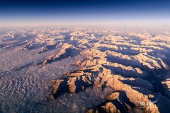 Sunrise at Flight Level 400 above the Alps (gc232) Tags: alps alpes sunrise sun sunset snow mountains fog haze morning dark sky altitude live from flight deck golfcharlie232 view airplane plane flying fly high canon g7x