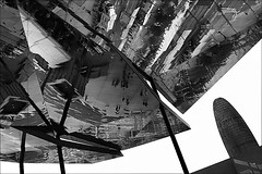 city of the future (bostankorkulugu) Tags: torreagbar mercat dels encantsflea marketspainbarcelonacataloniacatalunyafira bellcaireencants barcelonareflectionmirrorceilingarchitecturemodern architecture