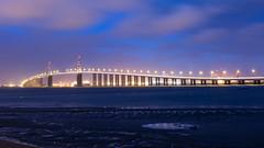 Pont de St Nazaire (jon_Bzh) Tags: pont loire estuaire reflet plage nuage lumire