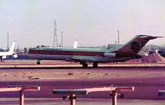 N88710 Boeing 727-224 cn 19801 ln 617 Continental Airlines Phoenix Sky Harbor 17Oct (kerrydavidtaylor) Tags: phoenixskyharborinternationalairport arizona kphx phx boeing727 boeing727200