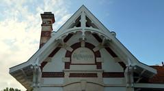 La ville d'hiver, Arcachon (blafond) Tags: stationbalnaire seasideresort maisondevillgiature villa villedhiver arcachon aquitaine valparaiso architecture