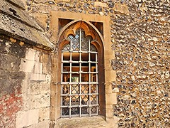 Pretty as a Picture! (springblossom3) Tags: winchester city tourism tourists architecture window arch stonework