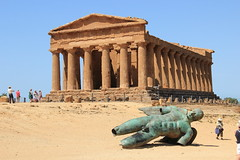 Temple of Concord (harve64) Tags: agrigento sicily italy ancientruins greek temple archaeology museum concord