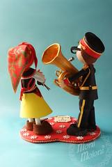 fofuchos zamoranos de espaldas (moni.moloni) Tags: banda pareja musica tuba traje regional zamora foamy danzas coros folclore fofucho gomaeva fofucha fofuchos fofuchas