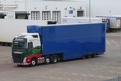 H4210 - KU15 VST (Cammies Transport Photography) Tags: truck volvo centre may tesco lorry eddie fh supermarkets livingston distribution clarissa esl vst stobart eddiestobart h4210 ku15vst ku15