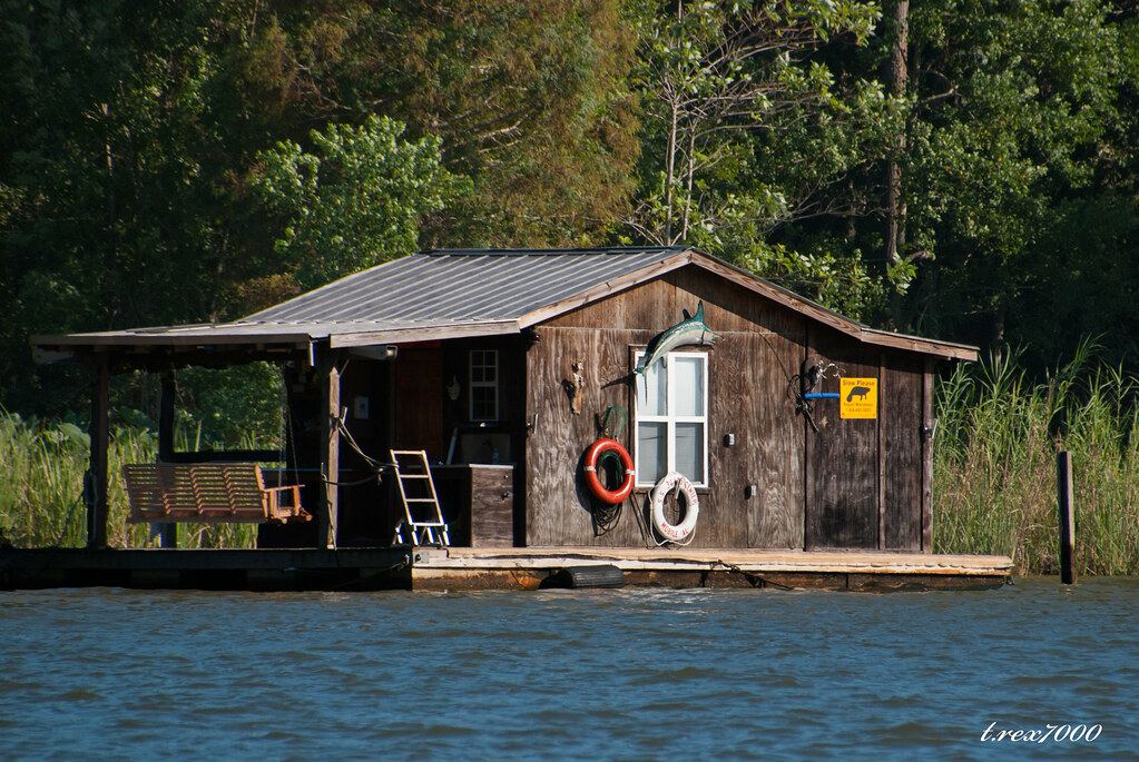 The world 39 s best photos of bayou and cabin flickr hive mind for Louisiana fishing camps