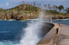 Lekeitio, Euskadi (thierry llansades) Tags: sun port puerto vacances riviere sable plage basque euskadi façade paysbasque guipuzcoa lekeitio guipuzkoa guipuscoa pport euscadi