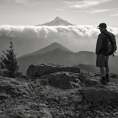Lost In the Moment, Tanner Butte (Scott Withers Photography) Tags: tannerbutte columbiarivergorge mthood oregon sonya7rii zeissloxia35mmf2 father