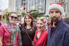 COS_2541 (tweeker0108) Tags: sanfrancisco california sigma santaclaus santacon f18 unionsquare 1835mm canon7dmarkii santacon2015 sanfranciscosantacon2015