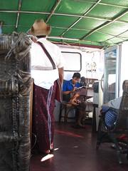 "Trajet en bateau sur le fleuve Irrawaddy (de Mandalay à Bagan) <a style=""margin-left:10px; font-size:0.8em;"" href=""http://www.flickr.com/photos/127723101@N04/23244447736/"" target=""_blank"">@flickr</a>"