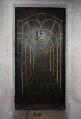 Krakov, univerzita (6) (ladabar) Tags: door doorway kraków cracow cracovia krakau krakov dveře