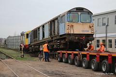 124. 58008's move at Eastleigh. 18-Dec-15. Ref-D116-P124 (paulfuller128) Tags: low transport class international modular depot bone trailer loader 58 modules eastleigh 58008 moveright c58lg