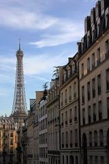 Tour Eiffel (elina.tsamigos) Tags: paris parigi parisi parisian eiffeltower eiffel tower tour toureiffel skyporn sky france city