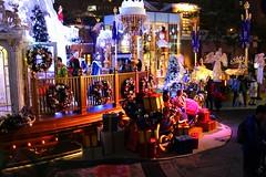 Hong Kong's christmas (Francesco Carradori) Tags: hong kong christmas gifts colourfull winter joy joyfull presents natale festa neve inverno snow