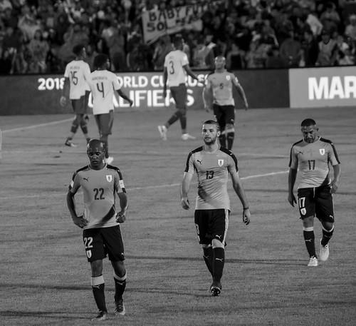 Uruguay 2 - Ecuador 1   161110-1225-jikatu