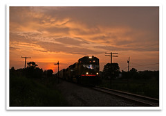 Monon Sunset (bogray) Tags: train locomotive dieselelectric monon csx semaphore signal up4560 sd70m sunset in hitchcockroad northofsalem august2007