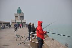 Week-end pêcheur (JPG76) Tags: dieppe mer plage littoralnormand littoralfrançais plagesdenormandie seinemaritime 76 normandie pêche pêcheur pêcheurs