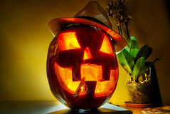 Halloween ! (Rickydavid) Tags: halloween smoking pumpkin zucca fumatore fumo sigaretta cigarette