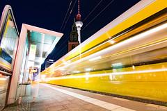Berlin Bahn (Brown's pic) Tags: berlin germany europe canon tokina longexposure city night train
