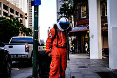 DSCF3214 (focvl.point) Tags: costume astronaut musicvideo fujifilm honolulu hawaii oahu travel 35mm xt2 streetphotography