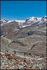 The way to the refuge of Matterhorn & Hrnli (The Hrnli Hut  ,Hrnlihtte ,)No, 1425. No, 1729. (Izakigur) Tags: hrnlihtte helvetia liberty izakigur flickr feel europe europa dieschweiz d200 ch lasuisse musictomyeyes nikkor nikon nikond200 suiza suisse suisia schweiz romandie suizo swiss svizzera  laventuresuisse lepetitprince myswitzerland landscape alps alpes alpen zermatt matterhorn cervin cervino switzerland schwyz sussa nikkor1755f28 berghaus berghausmatterhornhrnlihtte