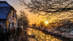 Guten Morgen Müden (mbap266) Tags: müdenaller aller sonnenaufgang frost niedersachsen fachwerkhaus canoneos6d canonef1740mm14