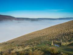 Castleton 261116-6050 (RobinD_UK) Tags: mam tor castleton peak district edale temperature inversion clouds