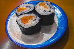 Japan#259_Salmon Maki (Danke Carlsson) Tags: japan japanese maki food dish rice nori plate