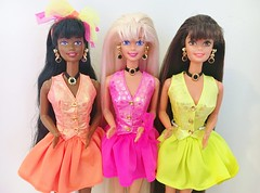 1994 Cut and Style Barbie Dolls (The Barbie Room) Tags: 1994 1990s 90s cut style barbie doll long hair super blond blonde brunette aa africanamerican christie 12643 12642 12639