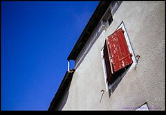 150803-1944-EOSM.jpg (hopeless128) Tags: red sky france shutters eurotrip fr 2015 poitoucharentes nanteuilenvallee nanteuilenvalle