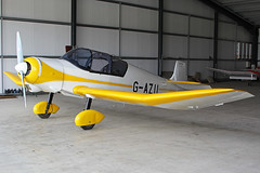 G-AZII (QSY on-route) Tags: york light fly aircraft vale strut association laa in of gazii 08082015