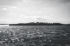 Round View, Pampus. (Tristan Roebersen) Tags: white black water tristan canon dark eos evening boat back cool war gun driving sailing awesome sails sail to guns sailor epic pampus darky 2015 1ste skob schuttevaer awesomenss 1200d roebersen