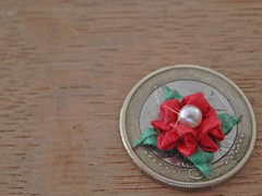 Flor para pendientes (Graciela Vicente) Tags: flower origami flor earrings papiroflexia miniatura pendientes