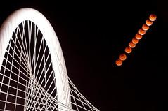 Blood Moon at Margaret Hunt Hill Bridge (Ronnie Wiggin) Tags: nightphotography bridge usa landscape dallas nikon texas starofdavid sukkot d300 trinityriver totallunareclipse nikond300 rwigginphotos fourbloodmoons bloodmoon2015 bloodmoonatmargarethunthillbridge