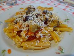 Buon Appetito (RoBeRtO!!!) Tags: food macro closeup dish pasta cibo tomatosauce piatto rdpic friedaubergine ricottasalata melenzanefritte salsapomodoro sonyhx400v casarecceallanorma