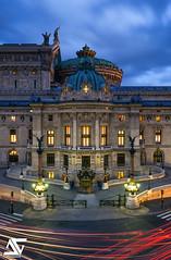 Entrance (A.G. Photographe) Tags: longexposure paris france french nikon europa ag capitale nikkor franais parisian anto xiii opragarnier parisien 2470 d810 antoxiii bleuhour agphotographe