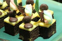 IMG_2381 (JoChoo) Tags: food dessert desserts foodporn ppl dessertbar dessertcounter