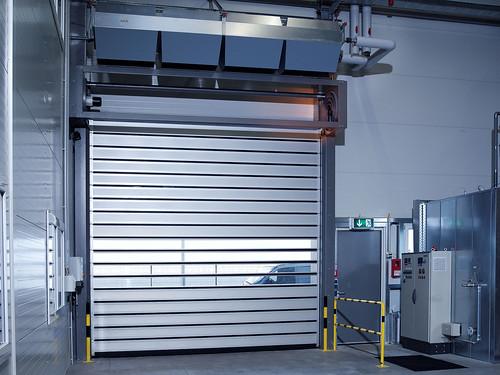 Скоростные ворота для боксов.  Hi speed doors. Efaflex.  Швидкісні ворота для СТО. EFAFLEX