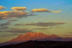 Iztaccihuatl (Mauriciove00) Tags: mxico atardecer cultivos morelos volcanes dongoyo airelibre iztaccihuatl yecapixtla izta cielonubes