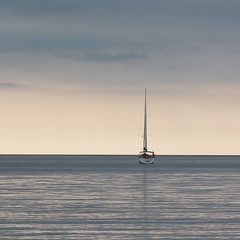 ..... (a.penny) Tags: sea meer horizont horizon sailingship segelboot fuji fujifilm finepix x10 apenny square quadrat 1x1 500x500 corfu korfu kalami