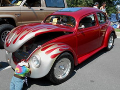 1968 Volkswagen Beetle (splattergraphics) Tags: 1968 volkswagen beetle vw volksrod flames chopped carshow fairfaxlabordaycarshow fairfaxva